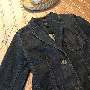 GAP denim jacket, size 4